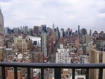 Opinión de New York City del balcón del hotel Imágenes de archivo libres de regalías
