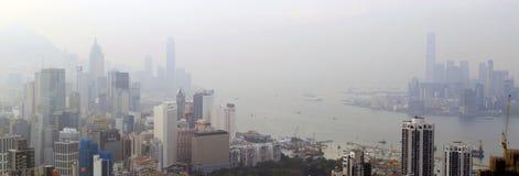 Opinión de niebla del paisaje Hong Kong en el paseo de Sir Cecil, colina de Braemar, Hong Kong Fotos de archivo