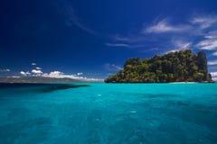 Opinión de océano del paraíso de la isla Fotos de archivo libres de regalías