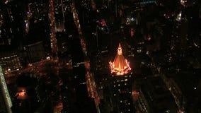 Opinión de ojo de pájaros de las calles y de los edificios de New York City metrajes