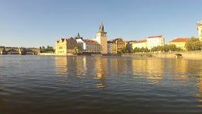 Opinión de Pedalo del río de Moldava, Praga metrajes