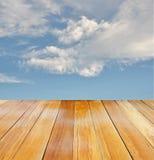 Opinión de perspectiva de madera anaranjada Fotos de archivo libres de regalías