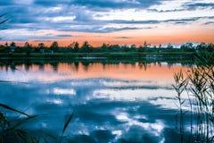 Opinión de Rever, Letonia, salida del sol, beatyfull, cielo, sol Fotografía de archivo libre de regalías