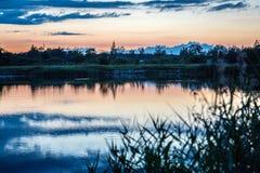 Opinión de Rever, Letonia, salida del sol, beatyfull, cielo, sol Fotos de archivo