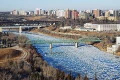 Opinión de River Valley del invierno en Edmonton imágenes de archivo libres de regalías