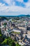 Opinión de Salzburg sobre la colina fotografía de archivo