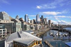 Opinión de Seattle y de la línea de costa Imagen de archivo libre de regalías
