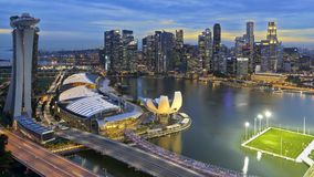 Opinión de Singapur - de Marina Bay del aviador de Singapur fotos de archivo