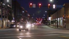 Opinión de Timelapse del tráfico en Carson Street del este en Pittsburgh almacen de metraje de vídeo