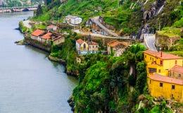 Opinión de top de la orilla de Vila Nova de Gaia imagen de archivo