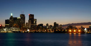 Opinión de Toronto en la noche fotos de archivo libres de regalías