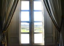 Opinión de Windows de Trianon Imagen de archivo libre de regalías
