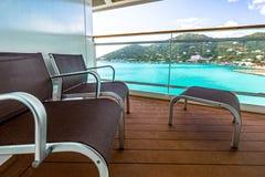 Opinión del balcón sobre el barco de cruceros fotografía de archivo