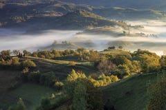 Opinión del campo en Transilvania imagen de archivo libre de regalías