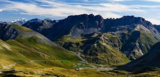 Opinión del canto de la montaña de Col du Galibier fotos de archivo libres de regalías