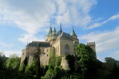 Opinión del castillo de Bojnice imagen de archivo libre de regalías