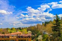 Opinión del cielo de las colinas de Bolonia Appennino Foto de archivo