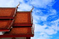 Opinión del cielo del templo de Doi Suthep Fotografía de archivo