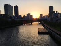 Opinión del corte de la puesta del sol de Osaka fotografía de archivo