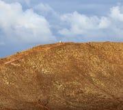Opinión del cráter del roja de Montana Imágenes de archivo libres de regalías