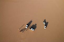 Opinión del desierto del ron del lecho de un río seco Foto de archivo libre de regalías