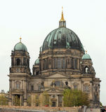 Opinión del edificio de la catedral de Berlín Imagen de archivo libre de regalías