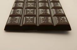 Opinión del final de una barra de chocolate Imagen de archivo libre de regalías