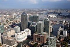 Opinión del horizonte de los docklands de Londres desde arriba Imagen de archivo libre de regalías