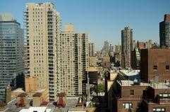 Opinión del horizonte de New York City la zona este superior Imagen de archivo