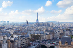 Opinión del horizonte de París de Notre Dame Imagen de archivo libre de regalías