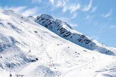 Opinión del invierno de la montaña (Chamonix, Francia) fotos de archivo
