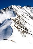 Opinión del invierno de la montaña (Chamonix, Francia) foto de archivo