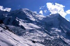 Opinión del invierno de la montaña (Mont Blanc, Francia) fotos de archivo
