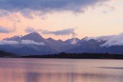 Opinión del lago Campotosto Fotografía de archivo libre de regalías