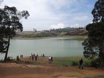 Opinión del lago cerca por alto nacional Foto de archivo