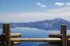 Opinión del lago crater de la plataforma de observación Fotos de archivo