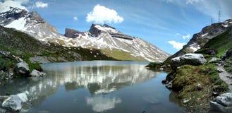 Opinión del lago Daubensee Imagen de archivo
