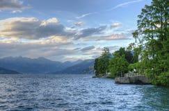 Opinión del lago en Como Italia Foto de archivo libre de regalías