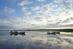Opinión del lago en la madrugada Imagen de archivo