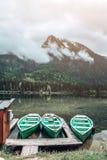 Opinión del lago - Hintersee foto de archivo