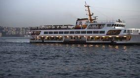 Opinión del mar del bosphorus de Estambul metrajes