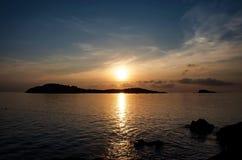 opinión del mar de la puesta del sol Imagen de archivo