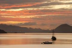 Opinión del mar del pulau de desatención de langkawi del malai de Oporto ular y lalang del pulau al sur de la isla de langkawi, K Foto de archivo