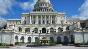 Opinión del movimiento del edificio del capitolio de Estados Unidos almacen de video