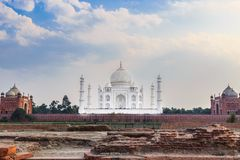 Opinión del norte de Taj Mahal imagenes de archivo