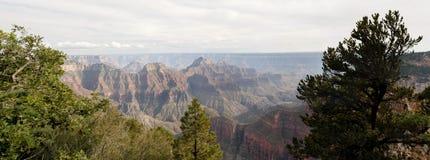 Opinión del norte del paisaje del borde del Gran Cañón Imágenes de archivo libres de regalías