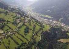 Opinión del ojo de pájaro de Carinthia Mitterberg Radenthein del viaje de Flightseeing Fotos de archivo