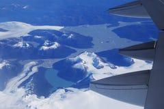 Opinión del ojo de pájaro del glaciar debajo del ala plana Imagen de archivo libre de regalías