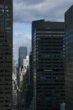 Opinión del ojo del ` s del pájaro urba de la calle de la Manhattan, New York City 40.o Fotos de archivo