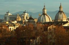 Opinión del otoño de tejados de Roma Fotografía de archivo